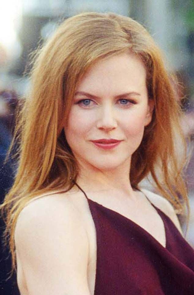 2000 From Nicole Kidman S Hair Through The Years In 2019 Sexy