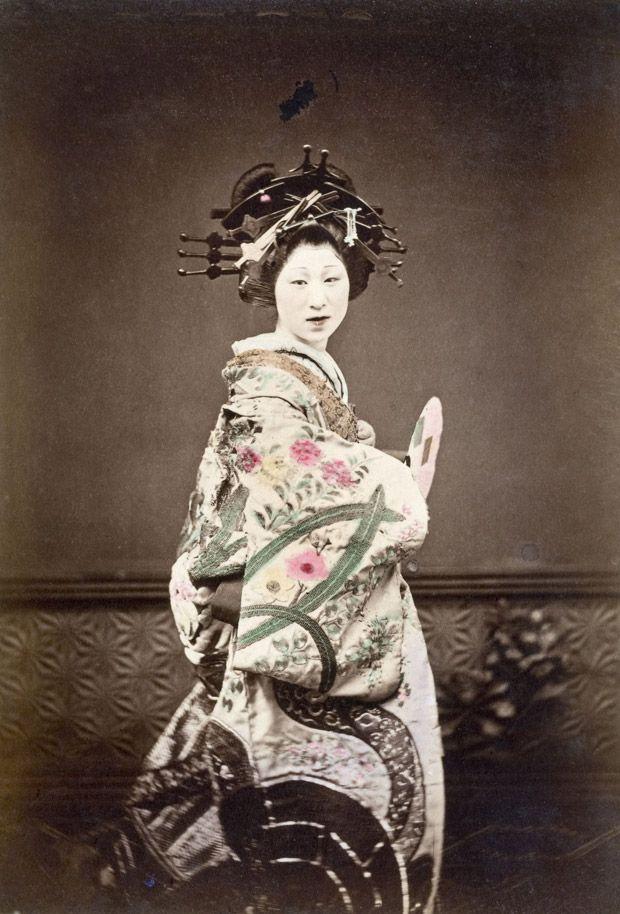 Reisefotografie aus Japan: Stallburschen, Grasmäntel, Kirschblüten  ZEIT ONLINE