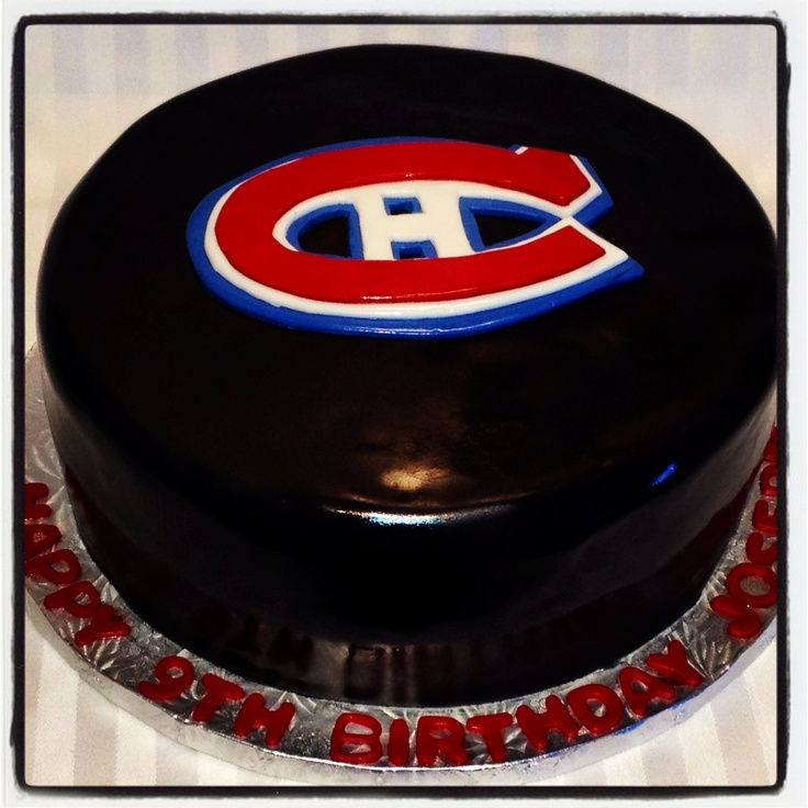 Montreal Canadiens hockey puck birthday cake! Chocolate cake with dulce de leche filling
