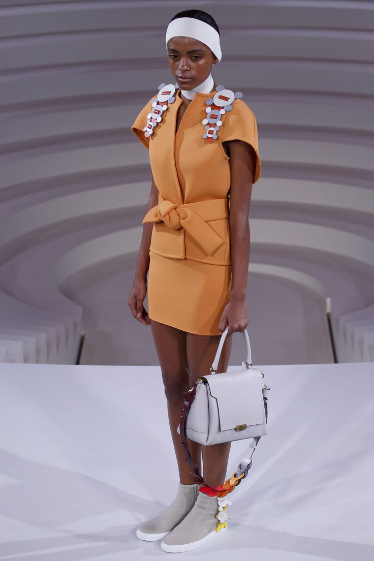 Anya Hindmarch Spring 2017 Ready-to-Wear Collection Photos - Vogue