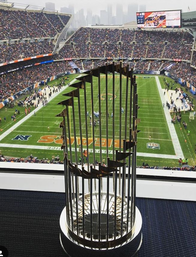 World Series Trophy 2016 at Soldier Field