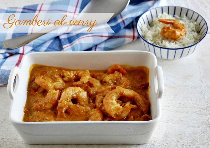 Gamberi a curry uno strepitoso piatto unico cremoso saporito speziato e buonissimo da servire con il riso basmati dal gusto delicato.