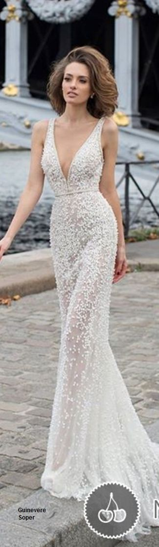 Low Cut Gowns – fashion dresses