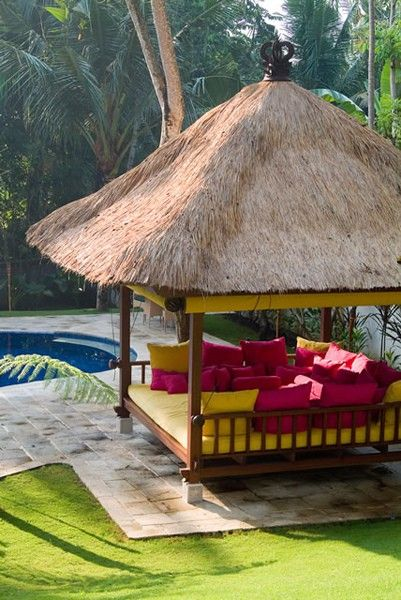 GardenGoddess: Patios That Pop with Color! relaxing tikki hut