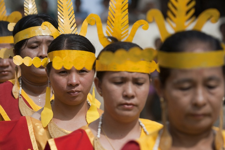 Niasan Women - Nias Island