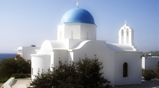 The big religious festivity of this beautiful resort is the celebration of the Ascension Day, during which many happenings and events are organized and sea food and wine are served to the participants. Piso Livadi, Paros. http://blog.aloniparos.com/2013/05/enjoy-piso-livadi.html