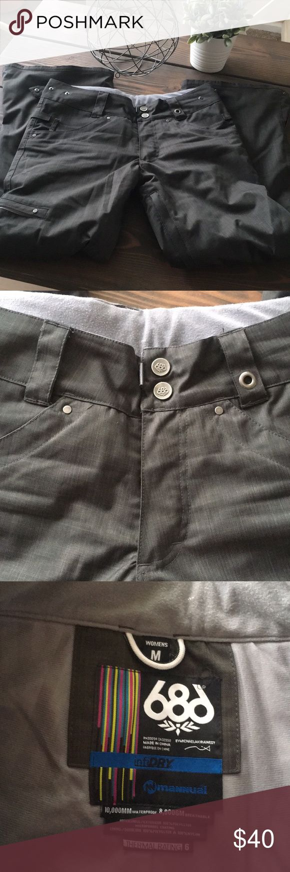 686 Snowboard Ski Pants Gorgeous like new pair of 686 pants in excellent condition. No flaws. Smoke free home. Color is a gray brown. Size Medium. 686 Pants