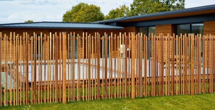 Les 10 meilleures images propos de cl tures et panneaux for Barriere jardin bois