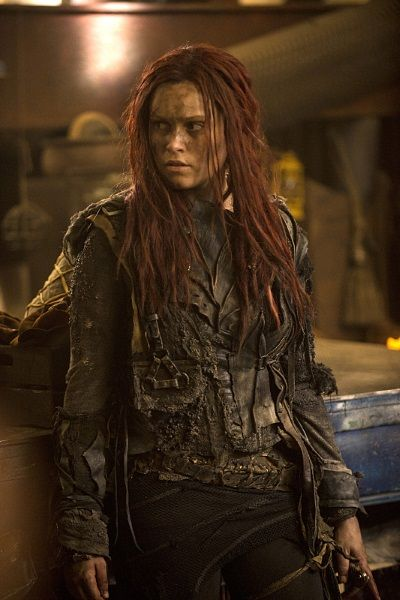 BuddyTV Slideshow | 'The 100' Season 3 Premiere Photos: Who Will Find Clarke First?