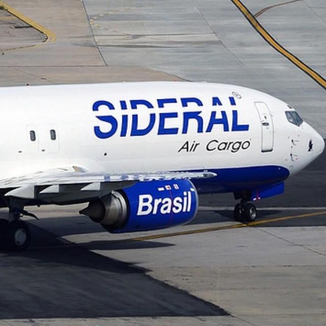 Resultado de imagem para boeing 737-400 cargo sideral