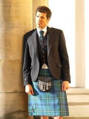 Similar to Groomsmen's outfits. Tie & Kilt will be different colours to this.