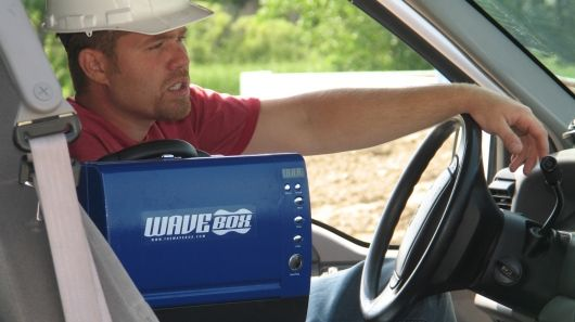 The US$250 WaveBox portable microwave oven weighs just 6.3 kg (14 pounds), runs on mains voltage regardless of country, and can also run from a 12 volt battery using alligator leads or from your in-vehicle power outlet.