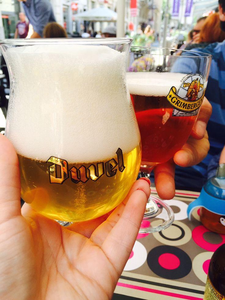 Wij zijn een dagje naar Antwerpen geweest. Het staat nu allemaal in een blog report met een aantal tips erbij.  #reisblog #travelbog #Antwerpen #mosselen #Duvel #shoppen #solden #België#Belgische #biertjes in #Antwerpen #Reisblog #Reischick