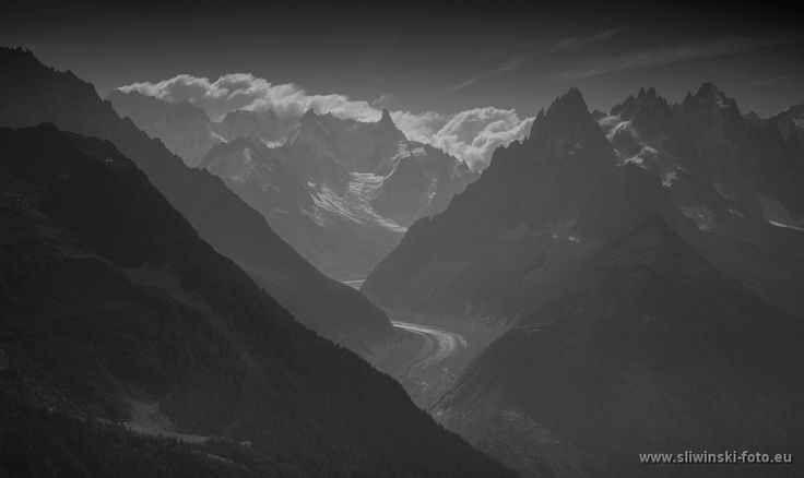 The Alpes, France.   #landscapephotography #mountainphotography