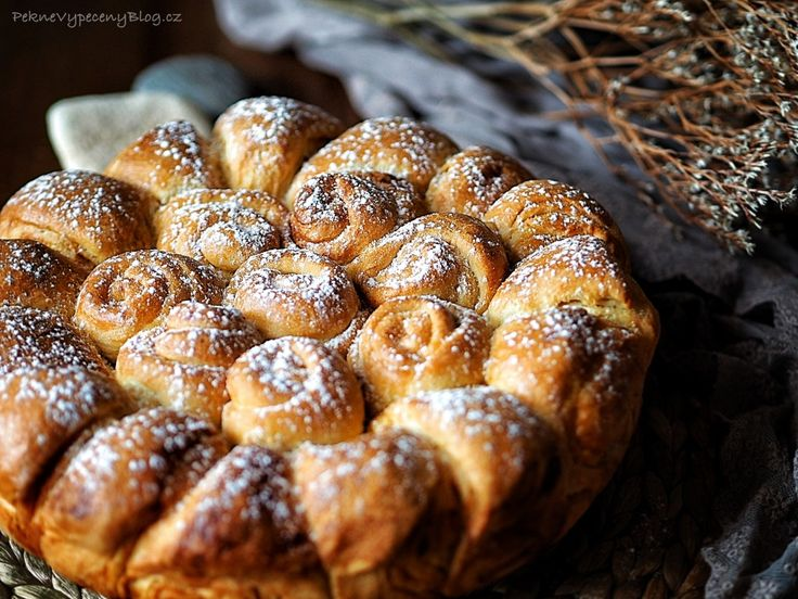 Sladký bulharský chléb - Bulgarian sweet bread with honey www.peknevypeceny...