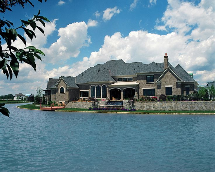 81 best images about lake house plans on pinterest for Luxury lake house plans