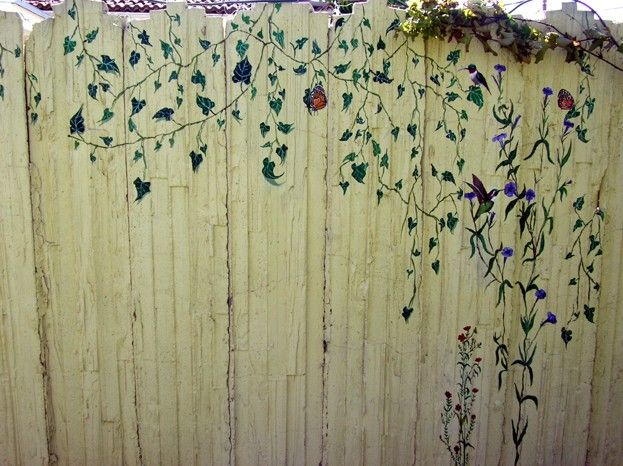 25 Best Ideas About Fence Painting On Pinterest Fence Art Garden Fence Art And Garden Fence