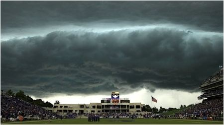 Ya--I was at this game!  It was fantastic!: Snyder Families, K States Wildcats, Football Stadiums, Kansas States, Families Stadiums, Ksu Wildcats, Photo, Bill Snyder, Storms Cloud