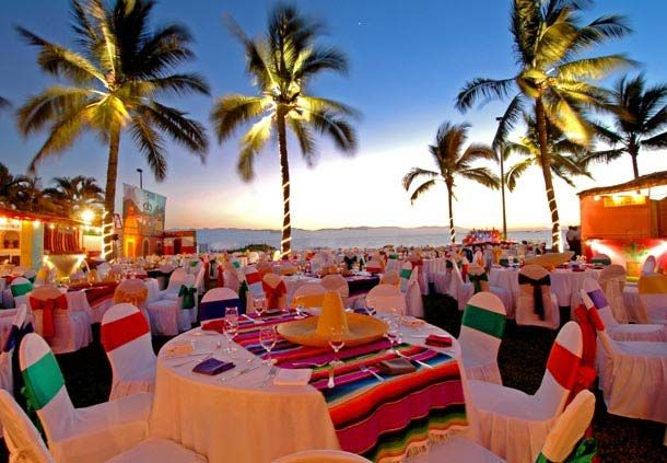 Realice un evento temático en la playa ¡Viva México!