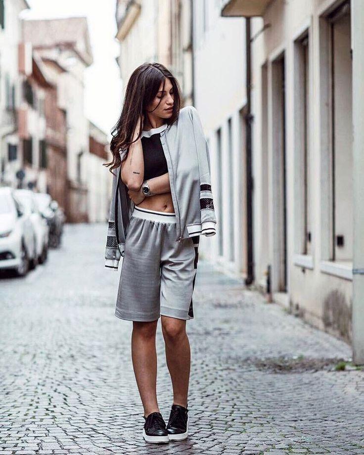"""""""Mi piace"""": 50 mila, commenti: 152 - Ludovica Valli (@valliludovica) su Instagram: """"sono orgogliosa e tanto felice di presentarvi la linea Active di TwinSet, questo è solo il primo…"""""""