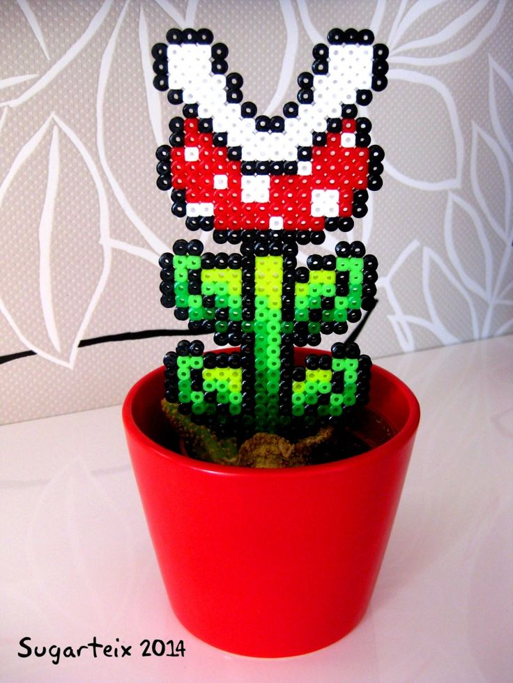 Planta carnivora de Mario Bros para decorar tus macetas.  Si te gusta puedes adquirirla en nuestra tienda on-line: http://www.sugarshop.eu