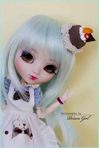 Cupcake - Pullip Custom | She's wearing the awesome dress my… | Flickr