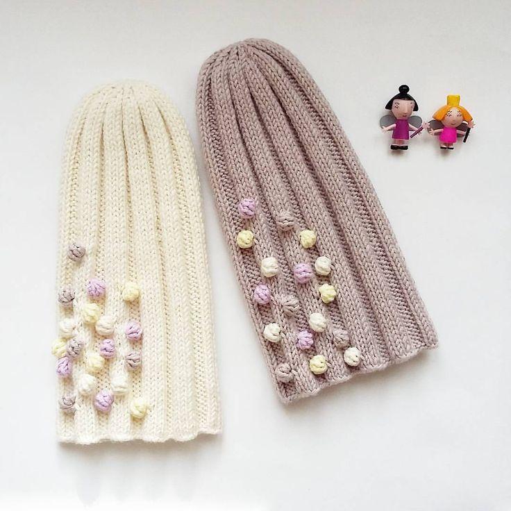 255 отметок «Нравится», 11 комментариев — Танюша (@tanyshamamamaksa) в Instagram: «Мериносовые нежные весенние шапули для очень романтичных натур, р-р 53-55, ооочень мягкие шапочки!…»
