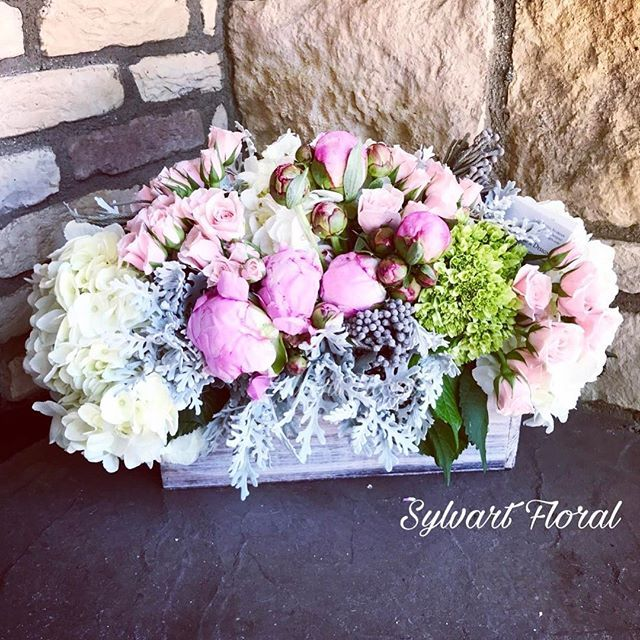 💕 Visit us at www.SylvartFloralDesigns.com.  #sylvart #studioflorist #anniversary #love #bridalshowers #babyshower #barmitzvah #events #eventplanners #coordinator #hotel #flowerarrangement #flowers #florist #flowerlovers #blooms #flowersoftheday #flowersofinstergram #belair #beverlyhills #westhollywood #boxedflowers #boxflowers #evedeso #eventdesignsource - posted by Sylvart Floral Designs/Events https://www.instagram.com/sylvartfloral. See more Bar-Mitzvah Designs at http://Evedeso.com
