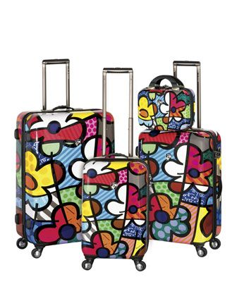 Britto luggage - never lose your luggage on the luggage belt!  I Love this!!