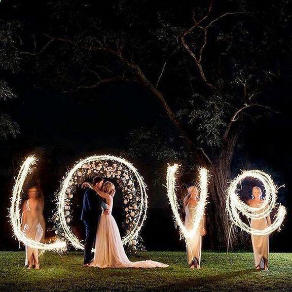 22 Creative Night Wedding Photo Ideas to Inspire