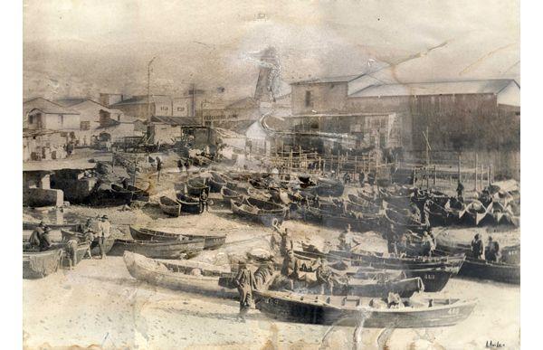 Resultado de imagen de valparaiso 1920  Caleta Jaime de Valparaíso. Año 1900.  Fotografía donada por Eduardo Quiroz
