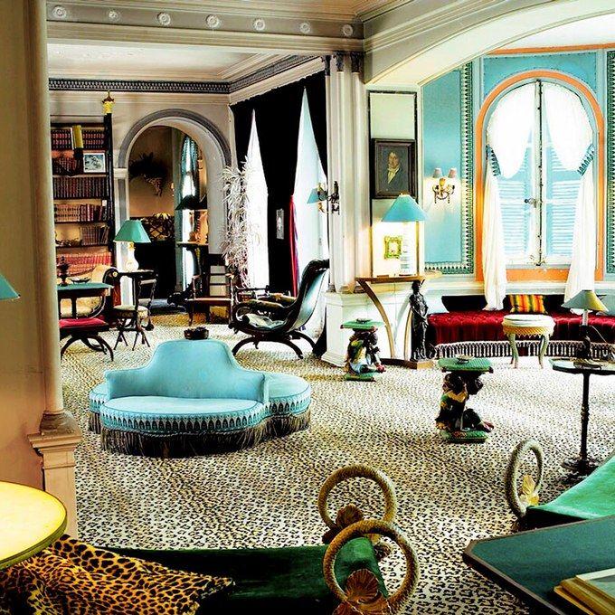 Best 25 hollywood regency bedroom ideas on pinterest for A signature hollywood salon