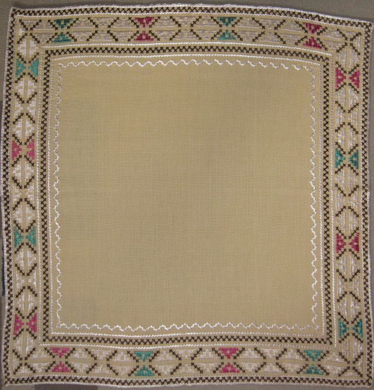 TABLE CLOTH DRESSING TABLE SQUARE LINEN EMBROIDERY VINTAGE PLACE MAT #HOME #TREN #Handmade