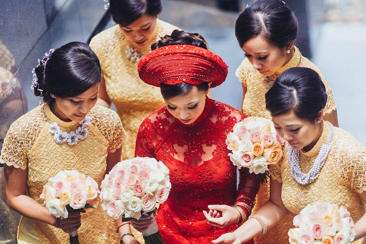 Vietnamese bride and her bridesmaids