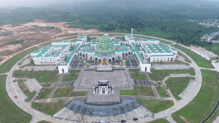 Masjid Agung Natuna Wisata Religi Termegah di Kepulauan Riau - Kepulauan Riau