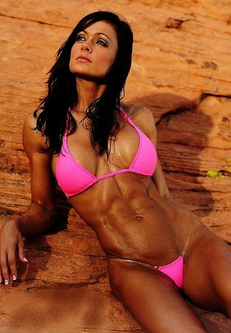 how to become a female fitness model