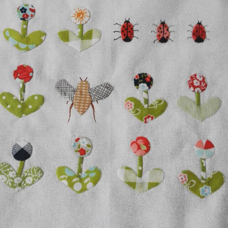"""Rowdy Flat Library Quilt: """"Bugs and Bees"""" corner block"""