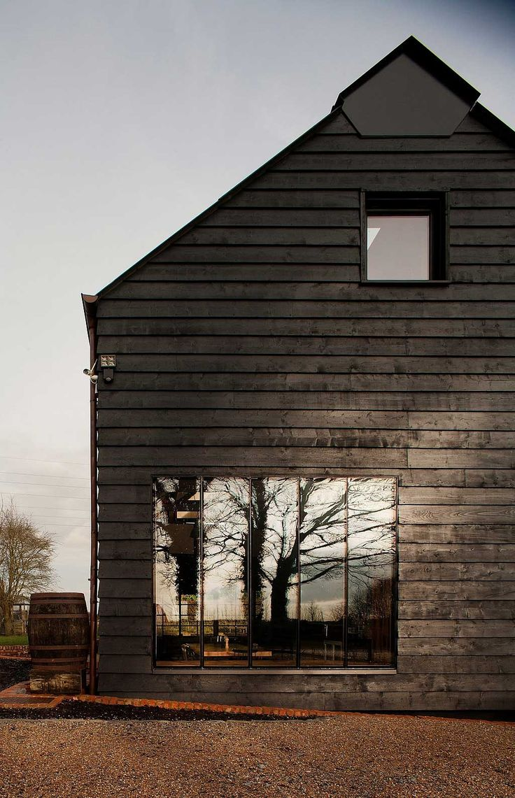 Ancient Party Barn by Liddicoat & Goldhill | http://www.yellowtrace.com.au/ancient-party-barn-liddicoat-goldhill/