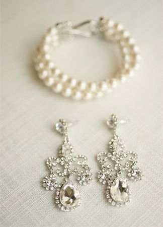 Glitzy bridal earrings {Photo by Harwell Photography via Project Wedding}