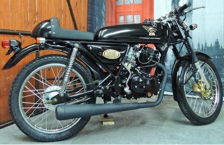 Black-Skyteam Ace 125cc