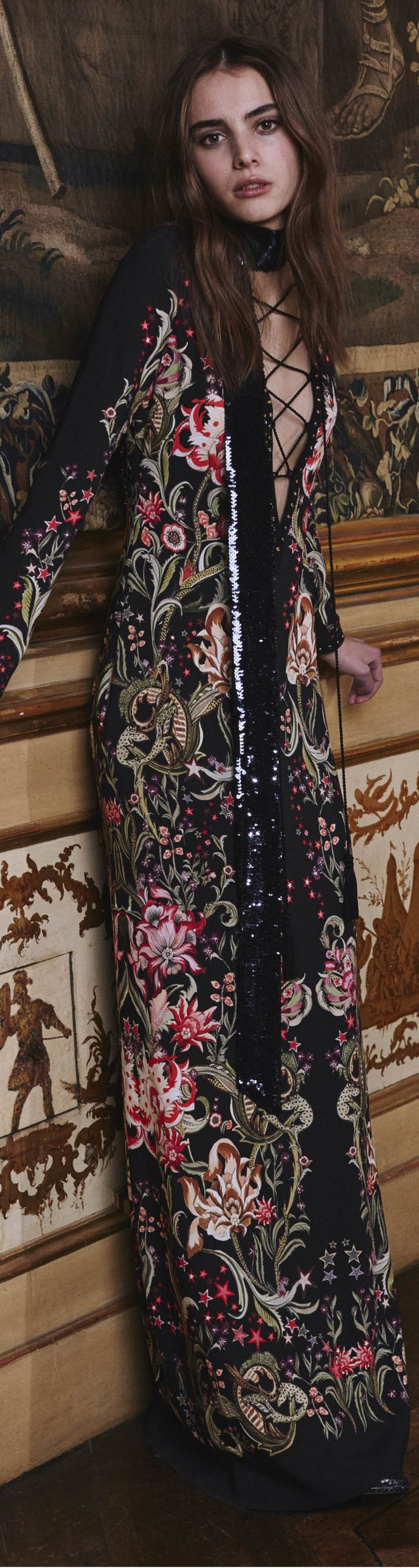 Roberto Cavalli Pre Fall 2016 - so I can wear my kimonos on fall too?!? Yessss