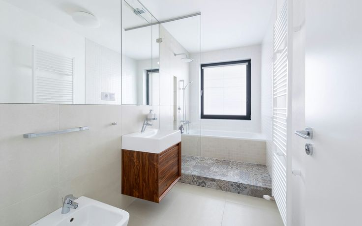 Bathroom_ porcelanosa tiles_walnut veneer_slovakia