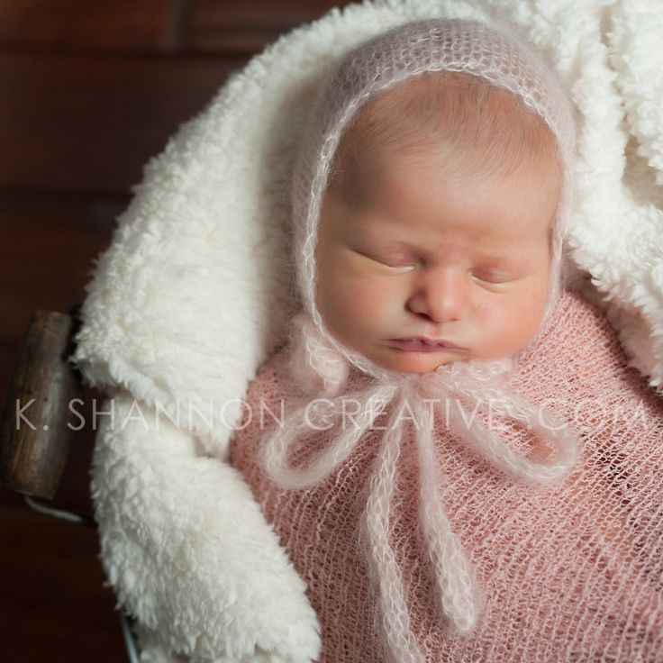 Those cheeks. Can you even stand it?!?! Newborn baby girl in blush pinks for her portraits. www.kshannoncreative.com