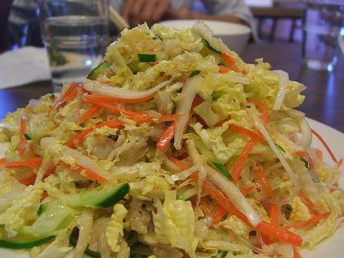 Recette de salade de chou, christophine ou concombre, carotte, poivron, épices. Une salade light gourmande.