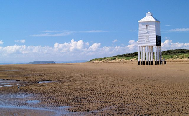 The UK and beaches might not look like the perfect combination, but Burnham on sea, close to Bristol, shows that it is possible! Book your ticket to Bristol from €89 return >> http://www.brusselsairlines.com/en-be/destinations/united-kingdom/bristol.aspx