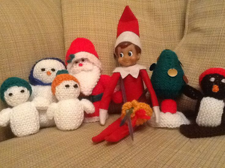 Bouncy's been knitting and created a few christmas friends!