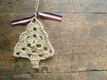 Grandma Tree TutorialChristmas Crochet, Trees Ornaments, Royal Sisters, Trees Pattern, Crochet Christmas, Trees Tutorials, Grandma Trees, Crochet Trees, Christmas Trees