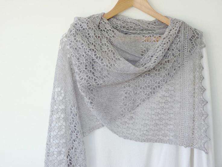 Knitted Lace Pattern : 61 best Knitting patterns images on Pinterest Lace knitting, Lace shawls an...