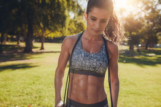 How Females Get Six-Pack Abs | LIVESTRONG.COM