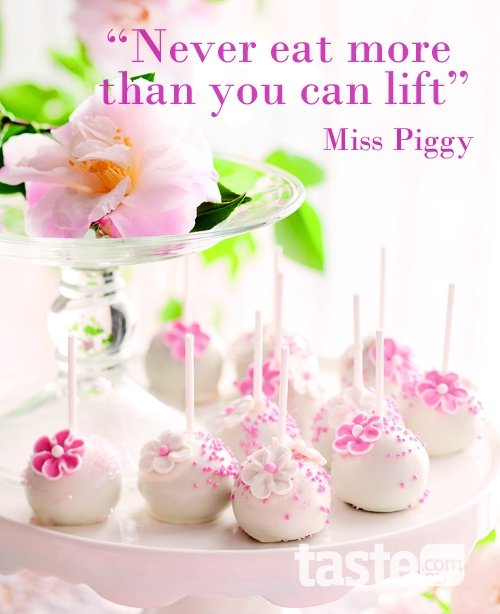 """Wise words from Miss Piggy - good advice """"never eat more than you can lift"""" #quote"""
